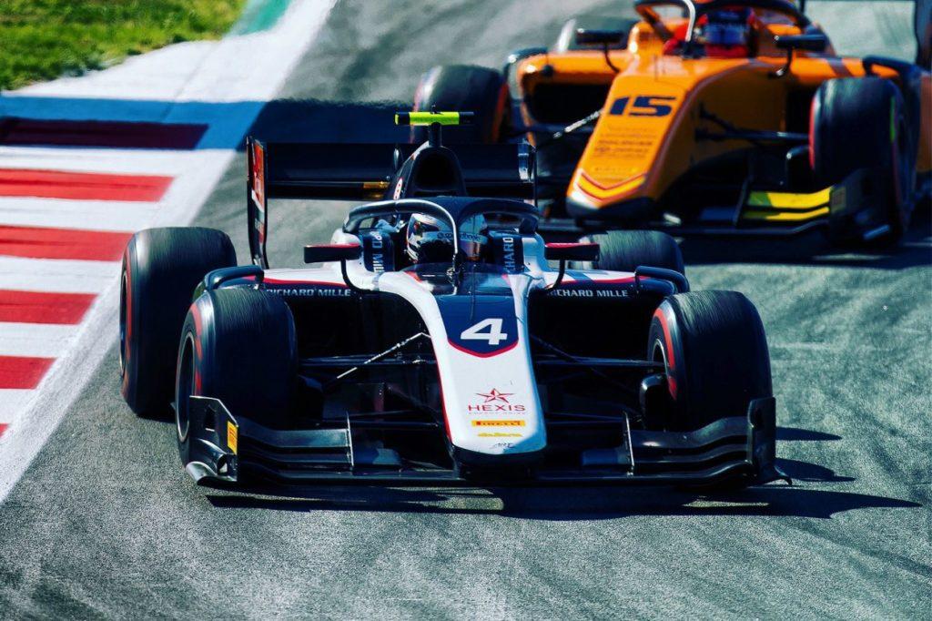 F2 | GP Spagna, De Vries vince la Sprint Race su Ghiotto e Ilott