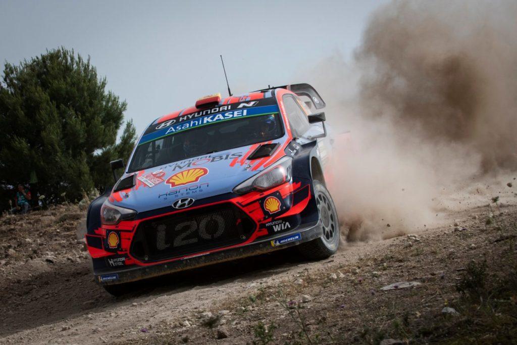 WRC | Sardegna: Sordo passa al comando dopo l'incidente di Latvala