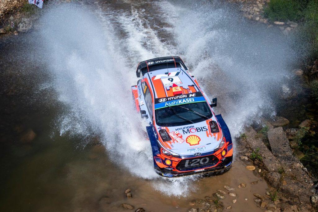 WRC | Sardegna: Tänak senza servosterzo nell'ultima prova, vince Sordo