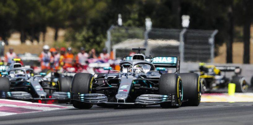 """<span class=""""entry-title-primary"""">Non è questione di noia, ma di tre lustri di errori</span> <span class=""""entry-subtitle"""">La Mercedes addormenta la F1 ma non è solo """"colpa"""" sua</span>"""