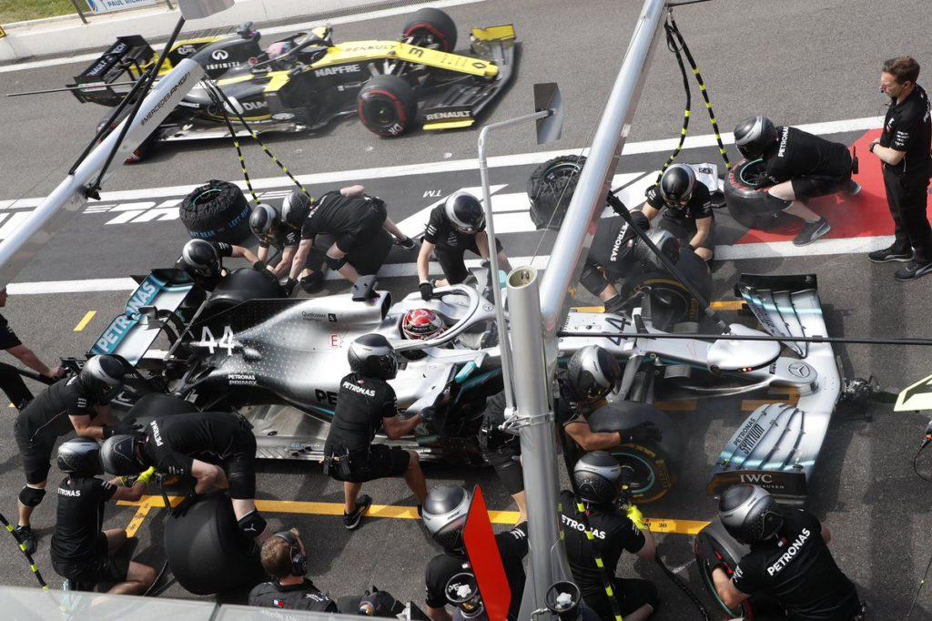F1 | GP Austria: Hamilton al comando nella FP1, Vettel subito dietro