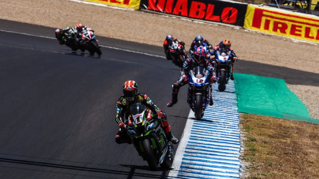 SBK | GP Spagna, analisi del contatto Rea-Lowes all'ultima curva