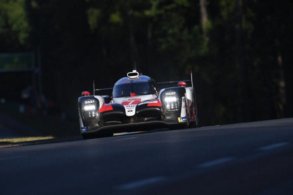 WEC | Le Mans: Kobayashi ritocca il miglior tempo, doppietta Toyota
