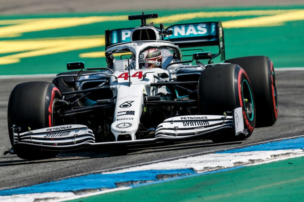 F1 | GP Germania, qualifiche: Hamilton in pole su Verstappen, disastro completo Ferrari