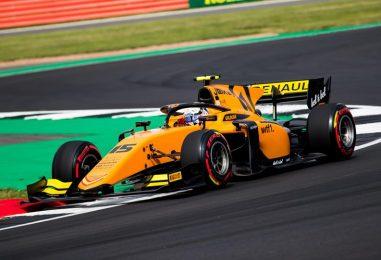 F2 | GP Gran Bretagna: Aitken vince la sprint, ancora sfortuna per Ghiotto
