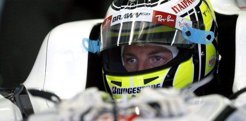 """<span class=""""entry-title-primary"""">Jenson Button è tornato a guidare la """"sua"""" Brawn GP mondiale</span> <span class=""""entry-subtitle"""">A Silverstone il campione del mondo 2009 ha svolto qualche giro per un servizio di SKY UK</span>"""