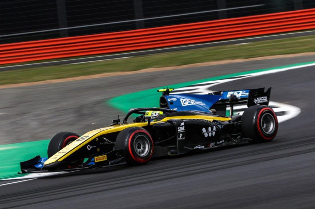 F2 | GP Gran Bretagna, Luca Ghiotto vince di forza Gara 1 a Silverstone!