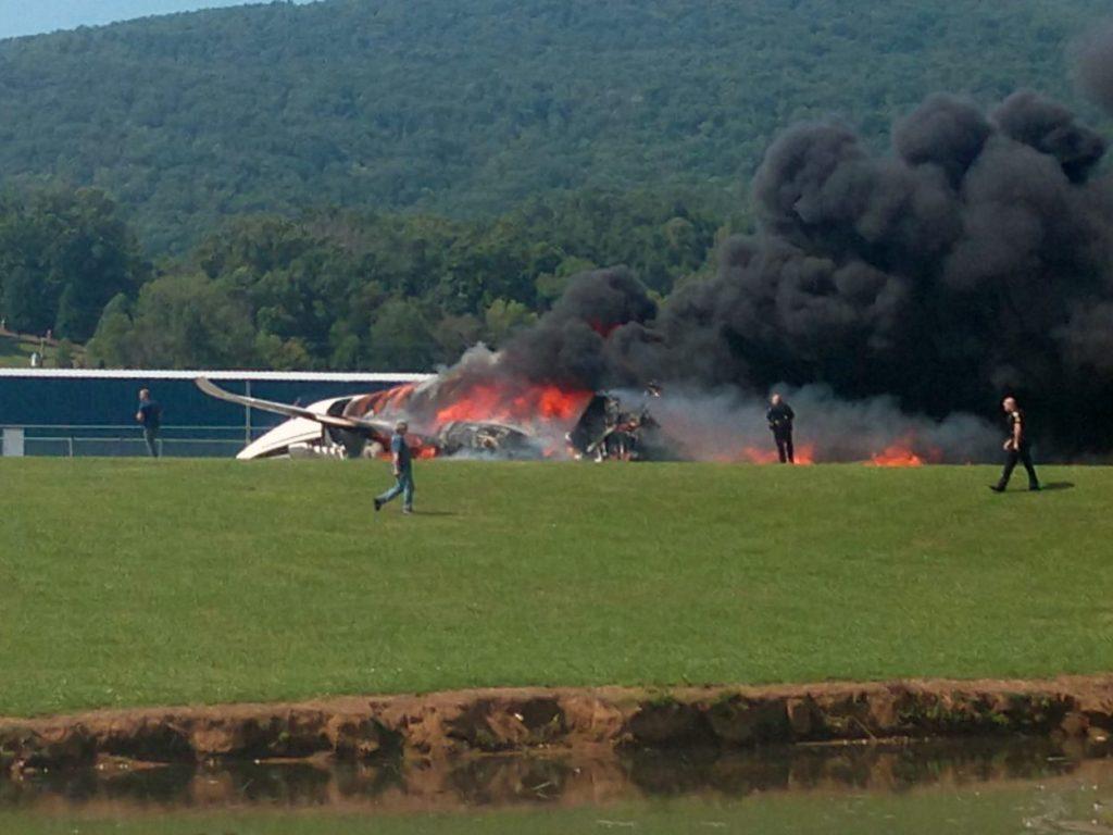 NASCAR | Dale Earnhardt Jr. e la sua famiglia escono illesi da un incidente aereo
