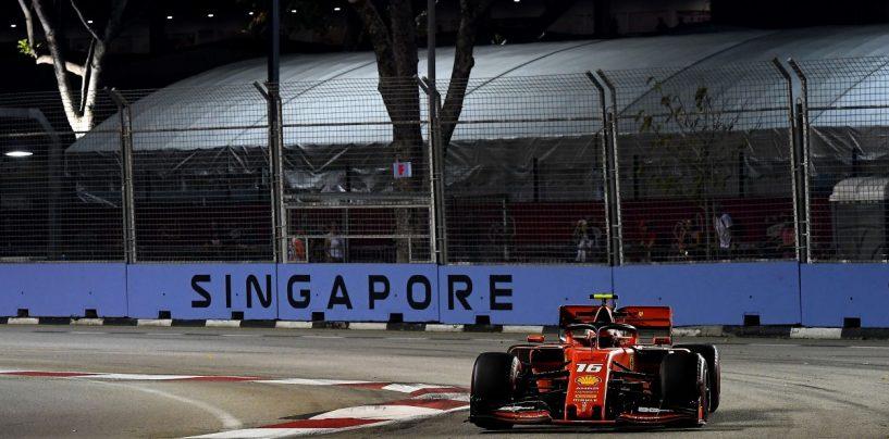 """<span class=""""entry-title-primary"""">F1   GP Singapore, qualifiche: Charles Leclerc ancora in pole con la Ferrari!</span> <span class=""""entry-subtitle"""">Il monegasco infila la terza pole consecutiva, questa volta inaspettata. Hamilton 2°, Vettel 3°</span>"""