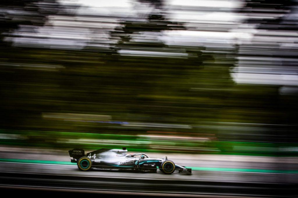 F1 | GP Singapore, FP2: Hamilton al top davanti a Verstappen
