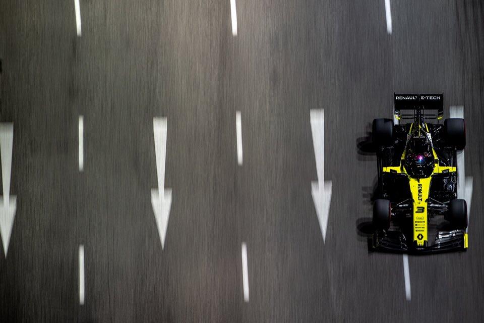 F1   GP Singapore, Ricciardo escluso dalle qualifiche per irregolarità con l'MGU-K
