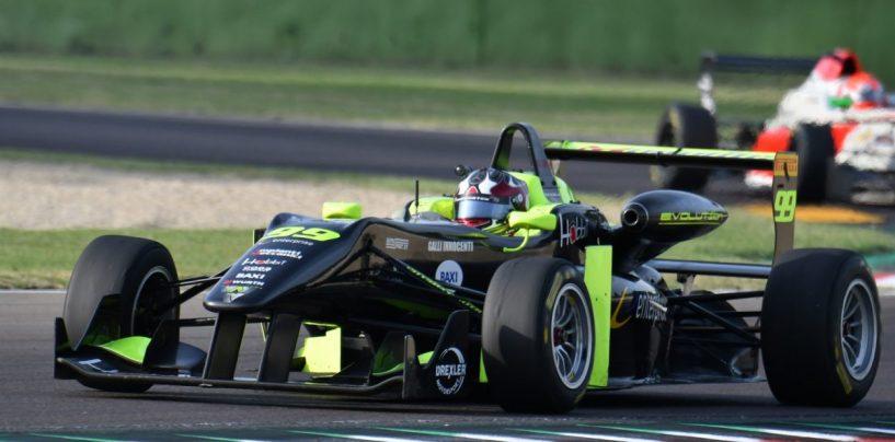 """<span class=""""entry-title-primary"""">Sfida finale per Andrea Cola all'Hungaroring</span> <span class=""""entry-subtitle"""">Il pilota romano in cerca dei punti decisivi per i titoli TopJet F 2000 e AMF</span>"""