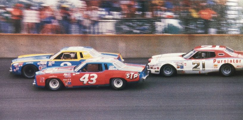"""<span class=""""entry-title-primary"""">NASCAR   1979: cronaca di un passaggio di consegne</span> <span class=""""entry-subtitle"""">Richard Petty vince il settimo e ultimo titolo, Dale Earnhardt è il rookie dell'anno e Darrell Waltrip regala spettacolo</span>"""