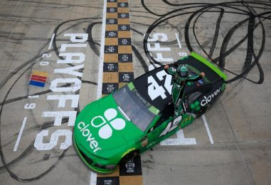 NASCAR | Kyle Larson ritorna alla vittoria a Dover dopo due anni!