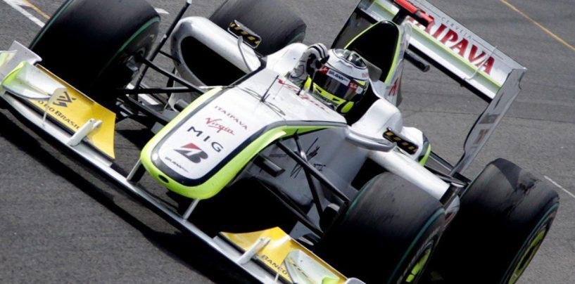 """<span class=""""entry-title-primary"""">Button dieci anni dopo. Ma Jenson non è solo 2009</span> <span class=""""entry-subtitle"""">In Brasile la vittoria matematica del titolo. Un pilota gentiluomo e tutt'altro che sopravvalutato</span>"""