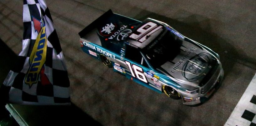"""<span class=""""entry-title-primary"""">NASCAR   Truck Series: Hill vince la gara, Crafton è campione per la terza volta!</span> <span class=""""entry-subtitle"""">Il pilota del ThorSport dimostra che senza problemi meccanici è ancora lui il più forte </span>"""