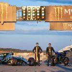 F1 | Hamilton - Valentino Rossi, le prime immagini dello scambio a Valencia 4