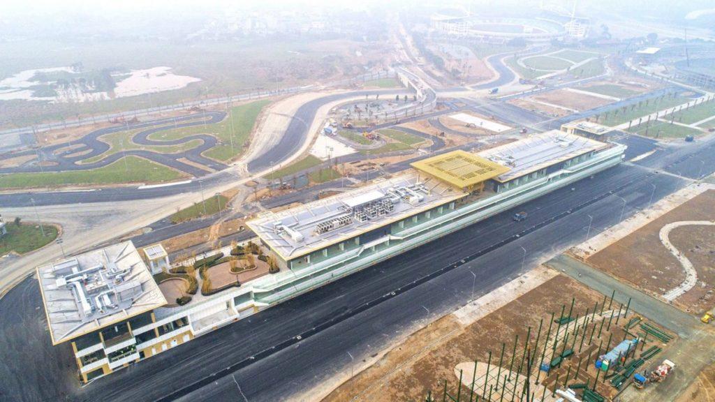 F1   GP Vietnam: completato il pit building del circuito di Hanoi 3