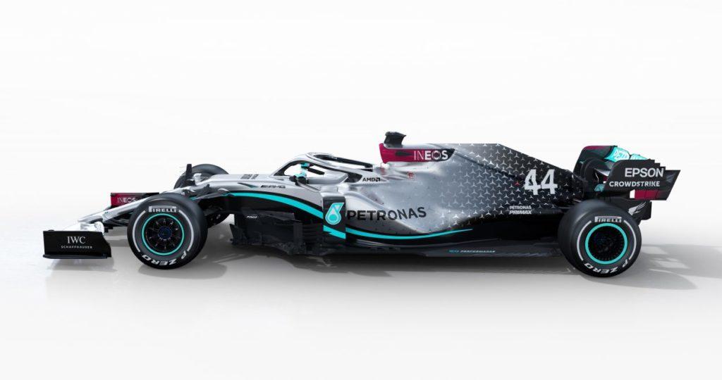 F1 | Mercedes W11 presentata - con shakedown - a Silverstone 2