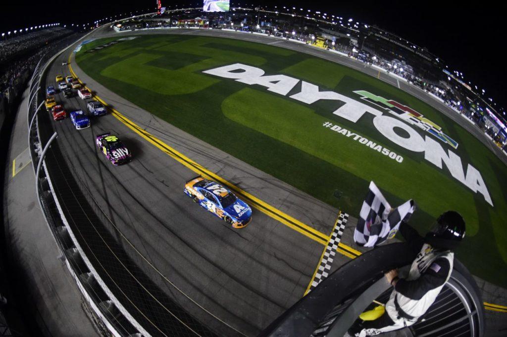 NASCAR | Logano e Byron vincono i Duel a Daytona 2