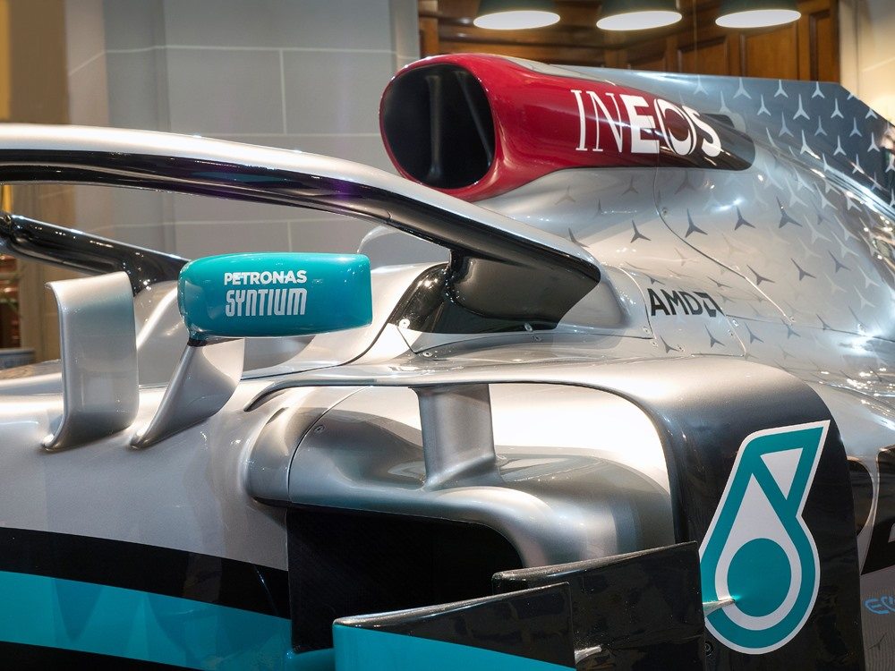 F1 | Mercedes presenta il nuovo partner INEOS e la livrea 2020 5