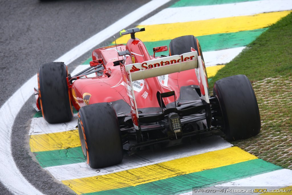 La nuova Ferrari ancora con pullrod all'anteriore?