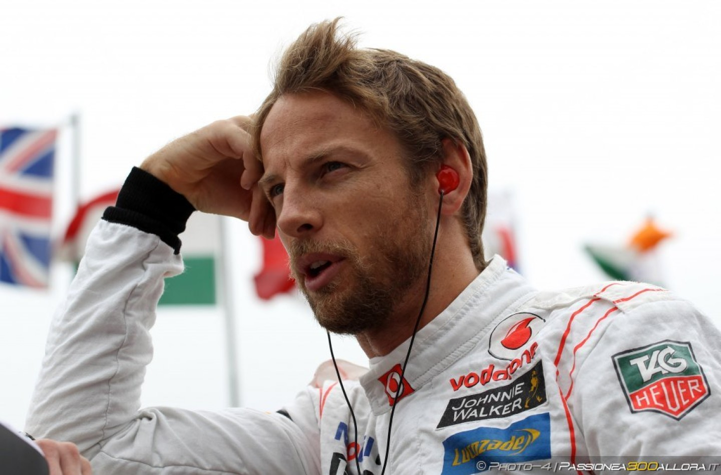 Jenson Button dice la sua sull'incidente tra Hamilton e Rosberg