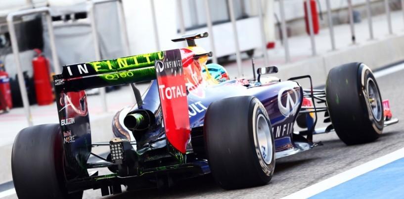 Sebastian Vettel difende la manovra di Nico Rosberg a Spa