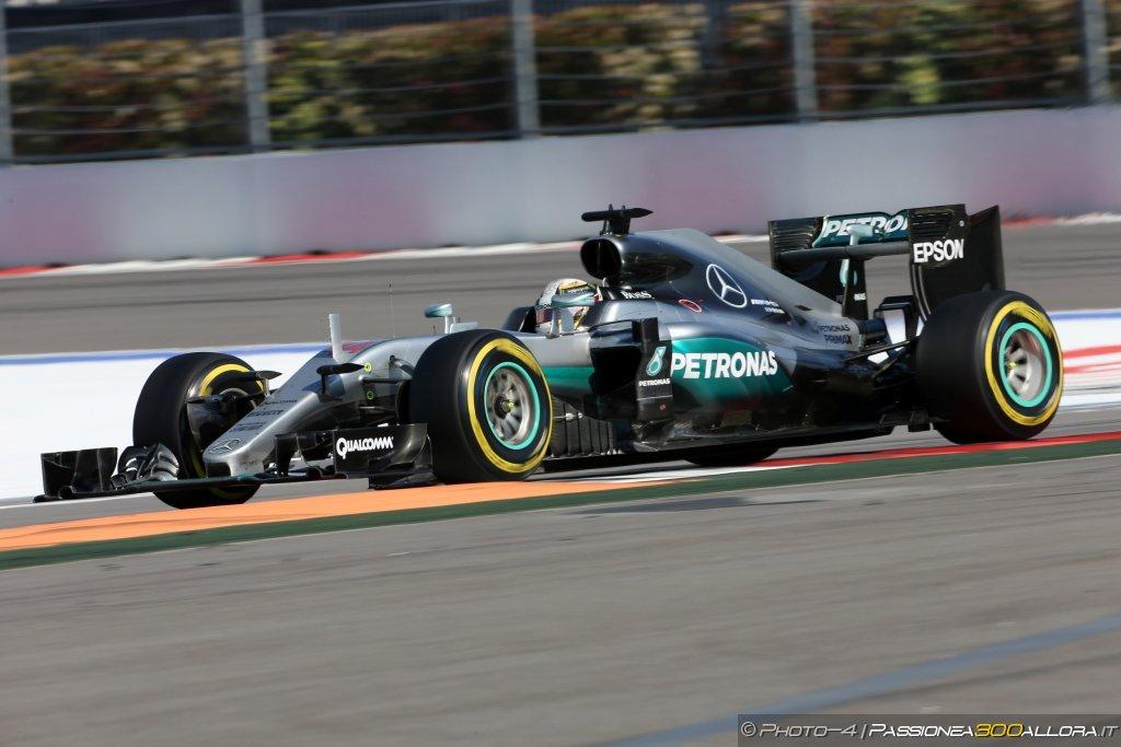 F1 | GP Stati Uniti: Hamilton in pole su Rosberg e Ricciardo