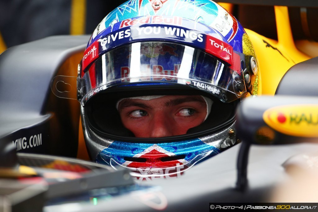 F1 | GP Spagna: Verstappen trionfa e scrive la Storia
