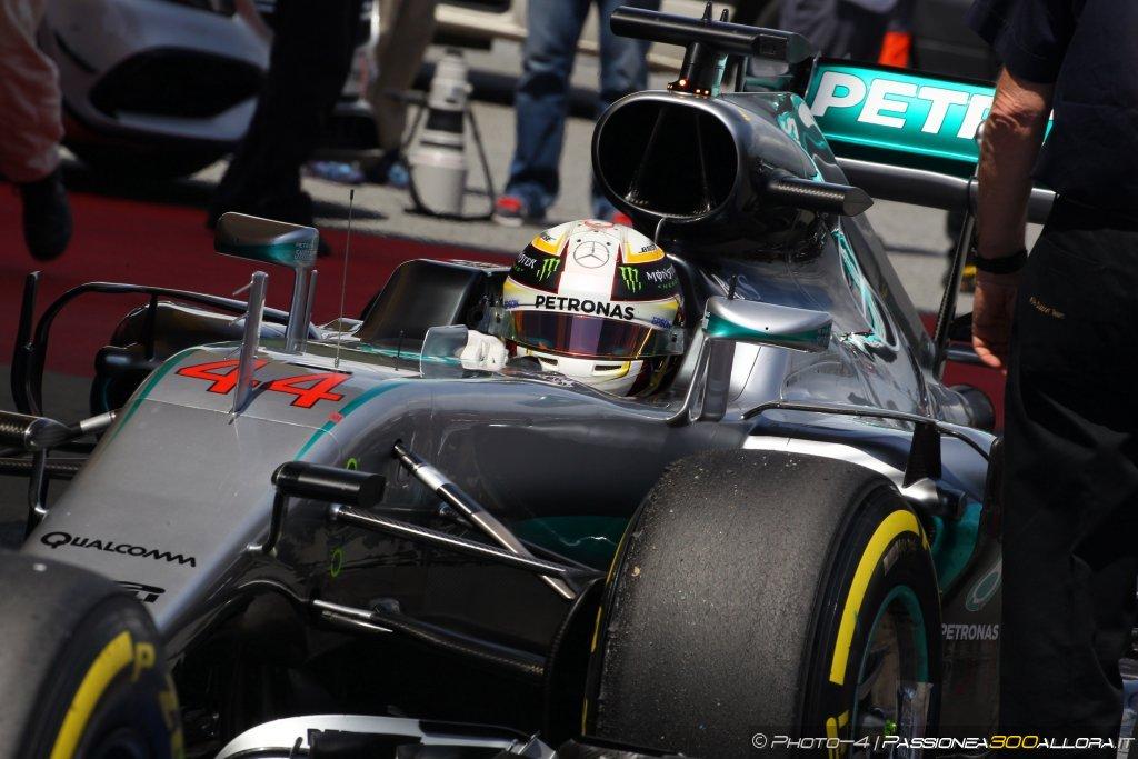 F1 | GP Europa, FP1: Hamilton davanti a Rosberg