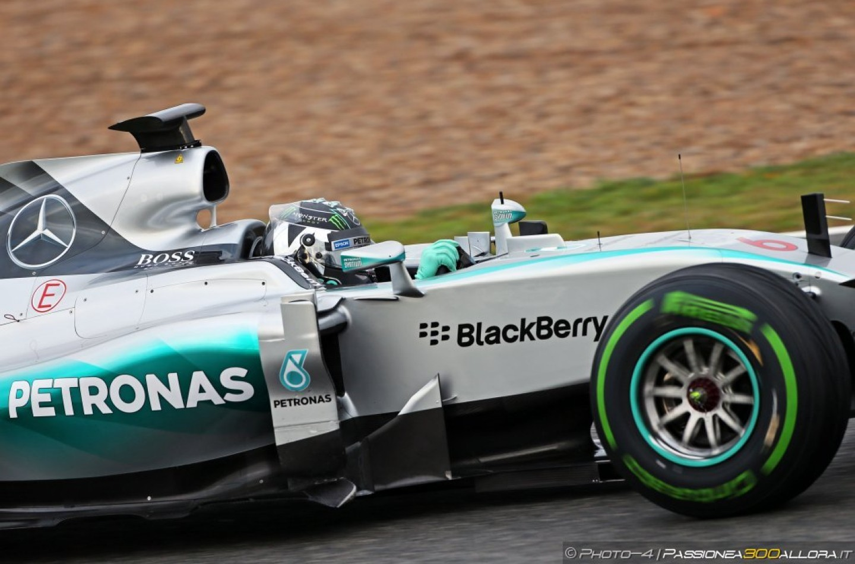 F1 | Una raffica di vento la colpa dell'uscita di Rosberg ad Austin
