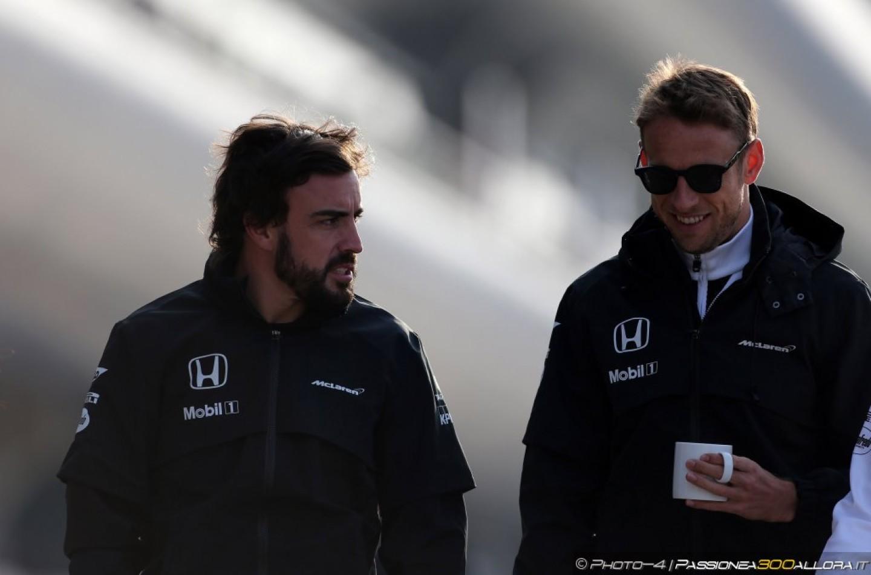 F1 | La Mclaren tratta con la FIA per far correre Alonso in Bahrain