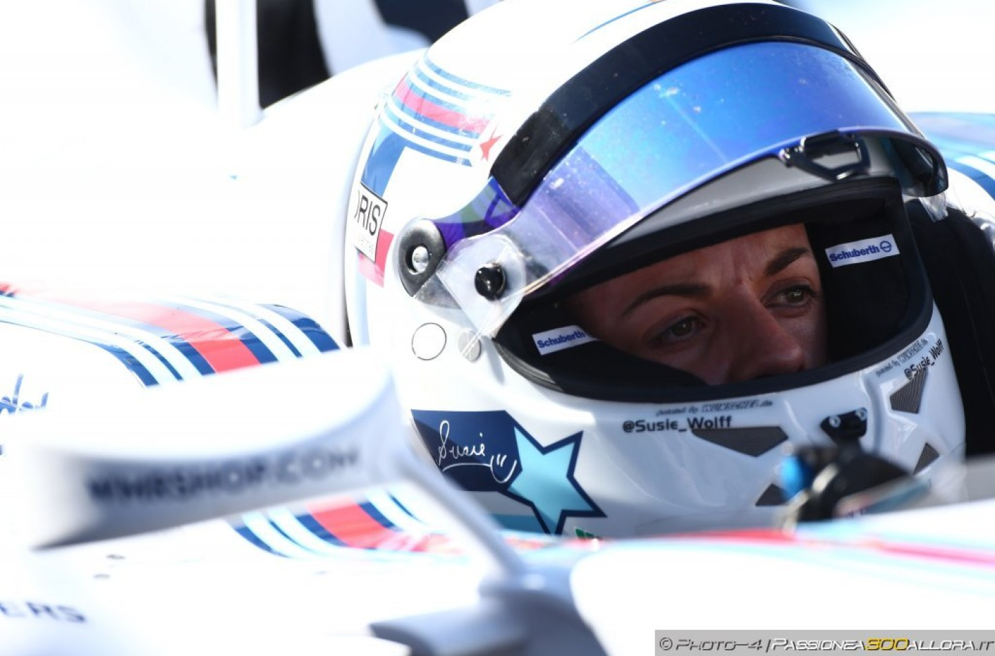 Susie Wolff testerà la Williams FW37 a Barcellona