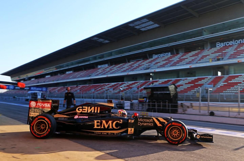 Test Barcellona, giorno 3: Maldonado su tutti con la Lotus